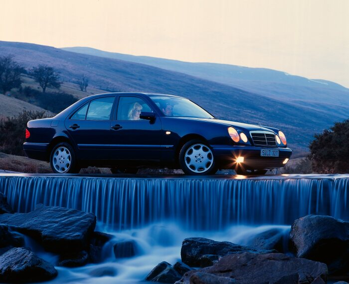 Time to celebrate. 25 years of Mercedes-Benz E-Class in the 210 model series