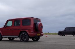 Mercedes-AMG G 63 fights… itself in a drag race. VIDEO