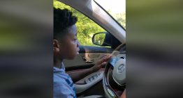 11-year old kid drives sick grandma home in Mercedes-Benz S-Class