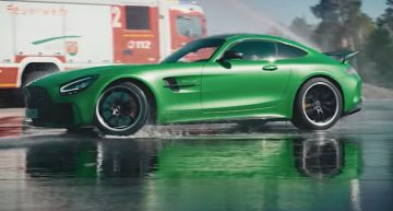 Tribute to firemen. Mercedes-AMG takes people who save lives to the racetrack