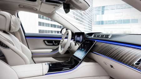 Mercedes-Benz S580 Plug-in Hybrid (22)
