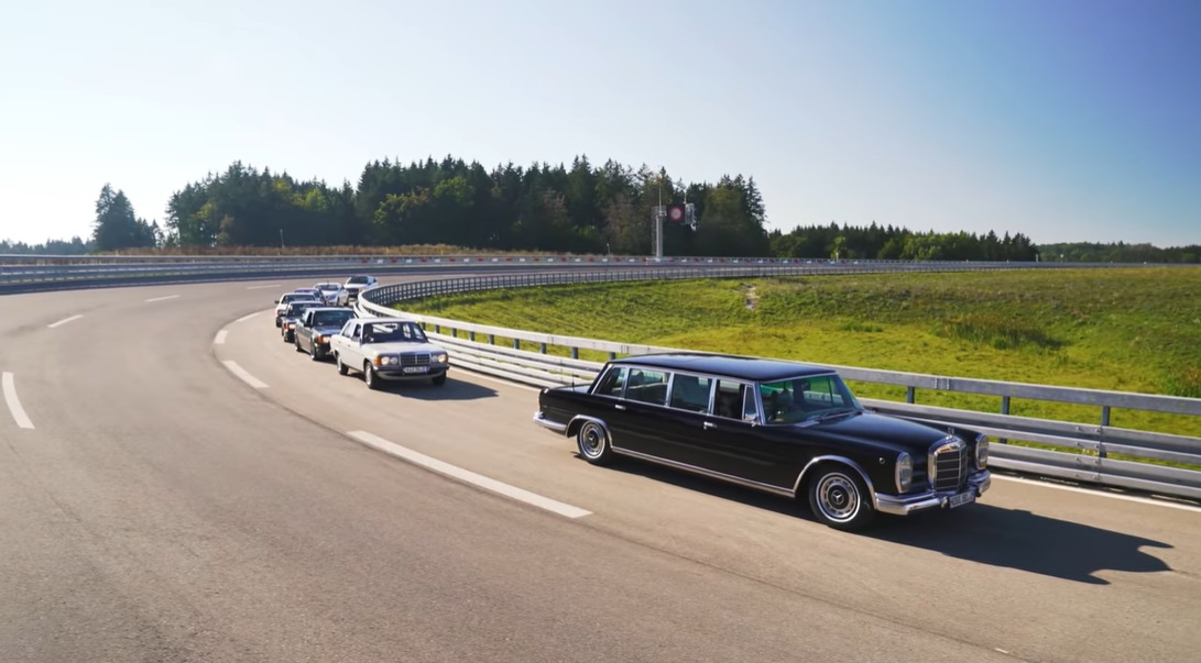 Iconic Mercedes-Benz models run from a standstill to 100 km/h. How long do they need?