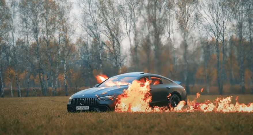 Totally insane. Russian vlogger burns his Mercedes-AMG GT 63 S