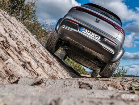 Mercedes-Benz EQC 4x4² (18)