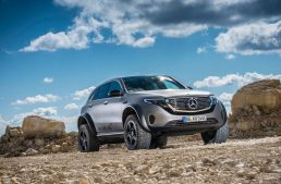 The Mercedes-EQC 4×4² shows off with its off-road capabilities