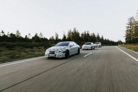 Mercedes-Benz EQS (1)