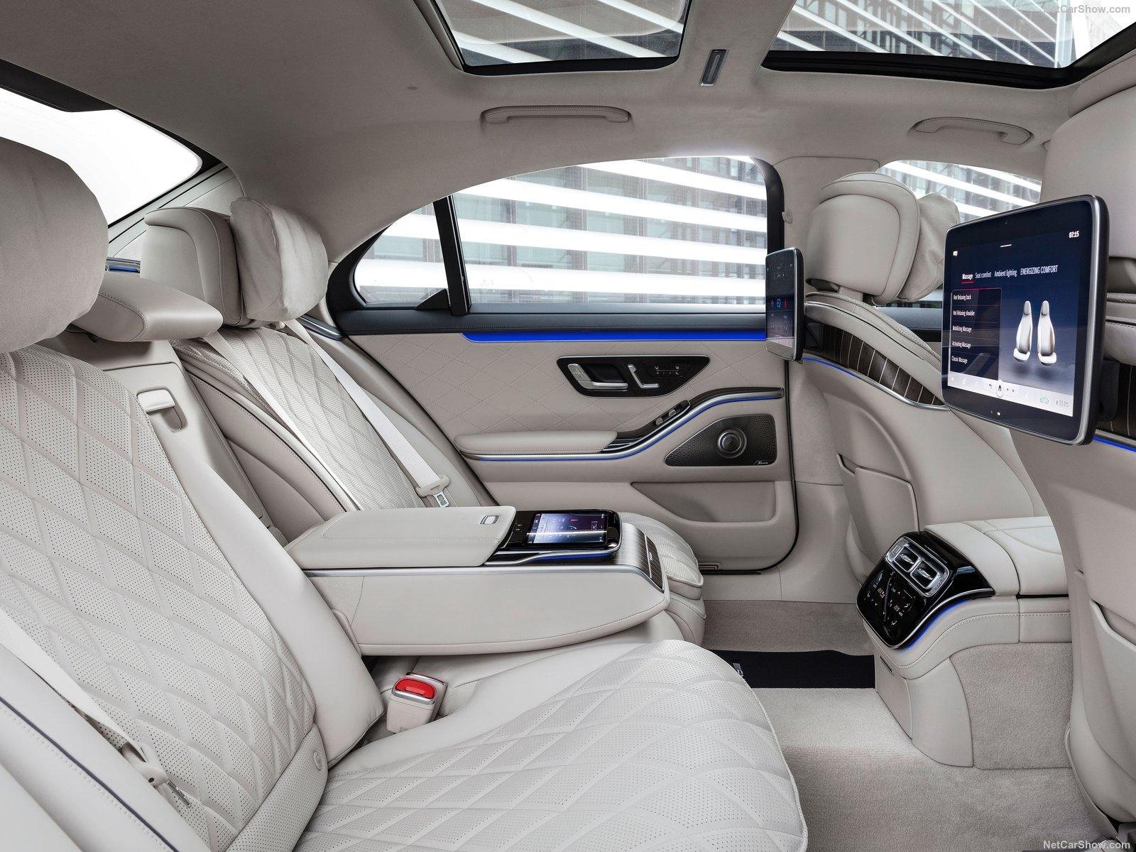 Mercedes S-Class W223 interior