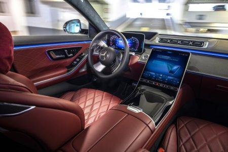 New Mercedes-Benz Stuttgart airport autonomous parking (8)