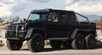 Hammer under hammer. A Mercedes-Benz G 63 AMG 6×6 is for sale