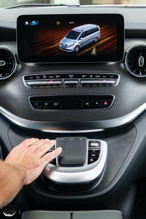 Mercedes-Benz V-Class AIRMATIC suspension (7)