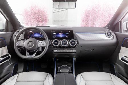 New Mercedes EQA