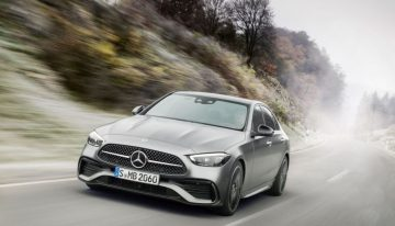 LIVE: New Mercedes C-Class W206: with the MBUX system and the integral steering from the S-Class
