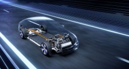 Mercedes EQS with up to 108 kWh battery: the world premiere on April 15
