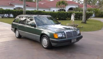 Is the Mercedes-Benz W124 the best car in the world? VIDEO