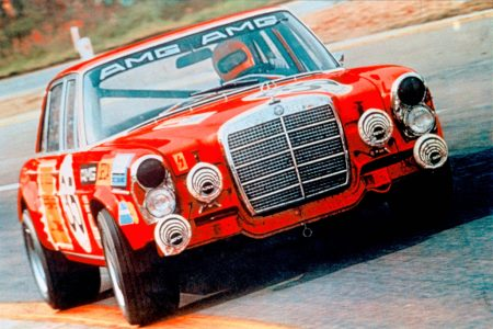 Mercedes-Benz 300 SEL 6.8 AMG The Red Pig