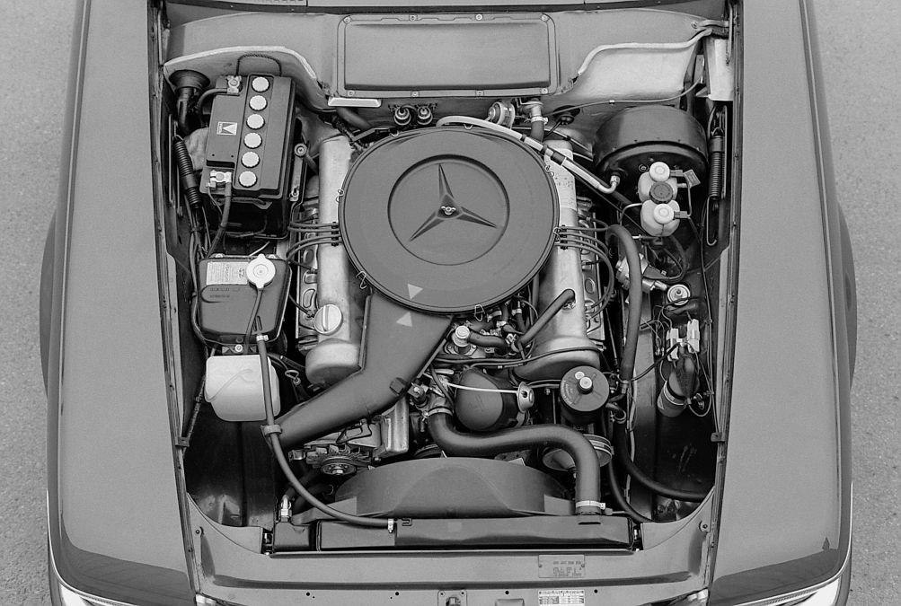 engine Mercedes 350 SL R107
