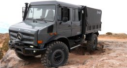 Modified old-school Unimog – It looks like it eats pick-up trucks for breakfast