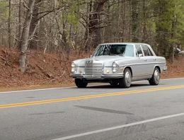 The retro version of the new Mercedes EQS is a 1972 Mercedes 280SE Electric