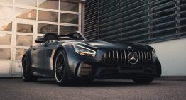 The Mercedes-AMG GT R Roadster becomes the Bussink GT R Speedlegend