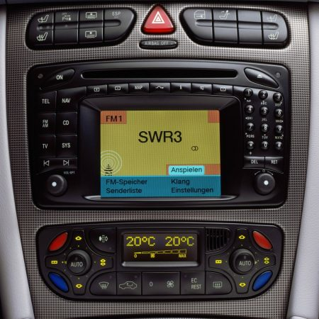 Mercedes-Benz - How did the car radio look a hundred years ago