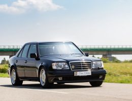"""Mercedes E 60 AMG review: we drove """"the Hammer"""""""