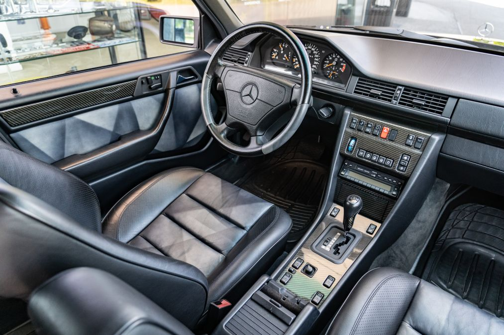 review Mercedes E 60 AMG