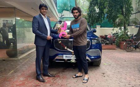 Bollywood Mercedes-Maybach GLS 600