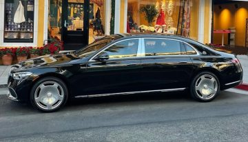Floyd Mayweather gets his hands on the Mercedes-Maybach S 580