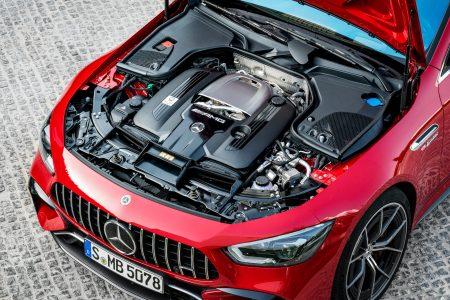 Mercedes-AMG V8 engine (1)