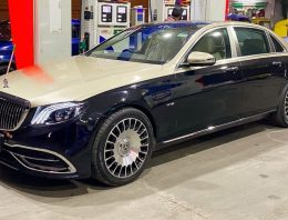 A Mercedes-Benz E-Class becomes a Maybach by the hands of Chinese experts