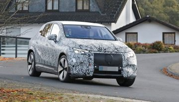 Mercedes EQE SUV in the first spy pictures